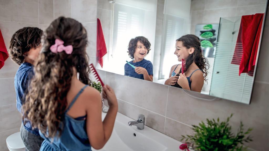 C mo colgar un espejo pesado en cualquier pared for Como colgar un espejo
