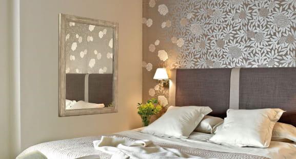 3be05eb20dcdd Cómo eliminar el papel pintado de tus paredes