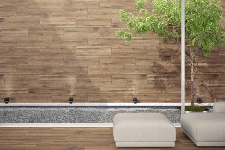 Suelos de madera para tu terraza o porche for Paredes imitacion madera
