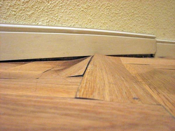 Como reparar parquet desgastado fabulous son perfectos for Como dejar el parquet como nuevo